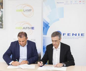 Firma acuerdo FENIE y AMBILAMP/AMBIAFME